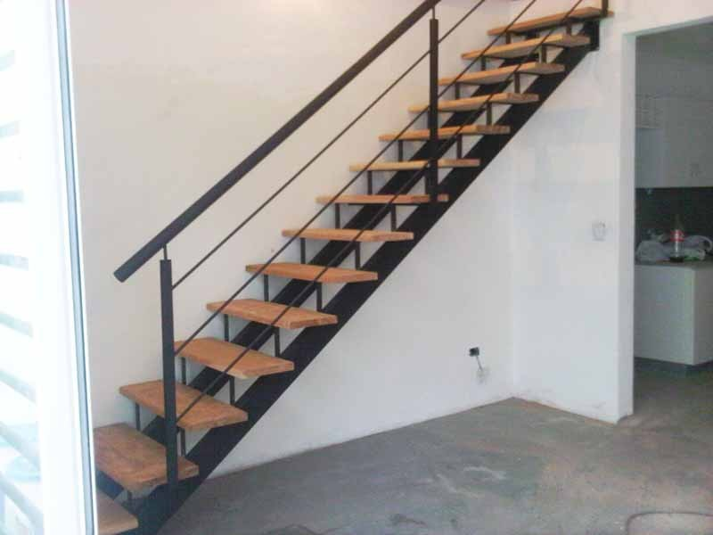 Escaleras De Dos Ejes Herreria De Vanguardia Venta De